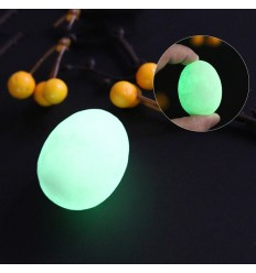 4 pezzi in calcite a forma di uovo fosforescenti fotoluminescenti si illuminano al buio